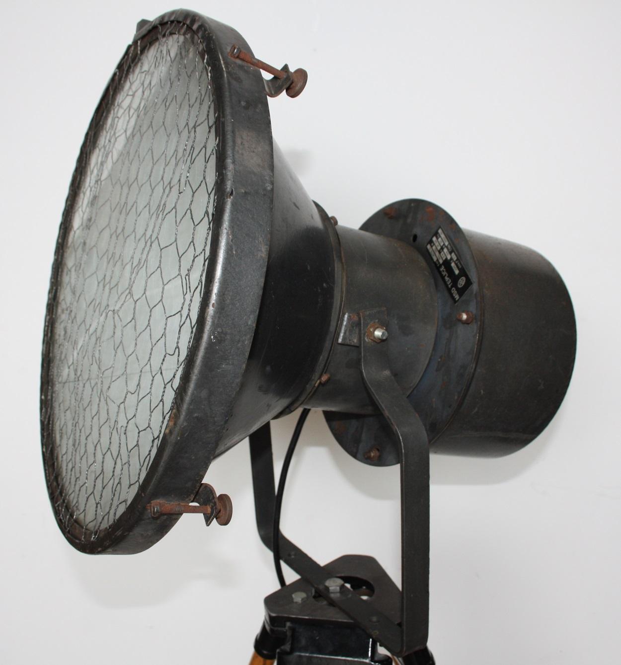 Industriele vloerlamp piraat cu 4 for Industriele vloerlamp